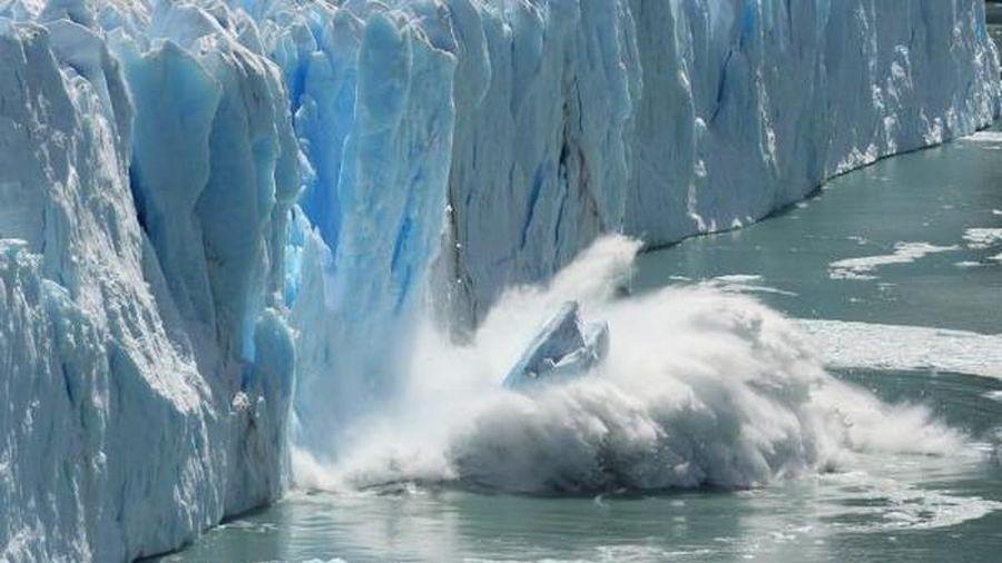 Bắc Cực nguy cơ bị xóa sổ khi 'bốc hỏa' chưa từng thấy