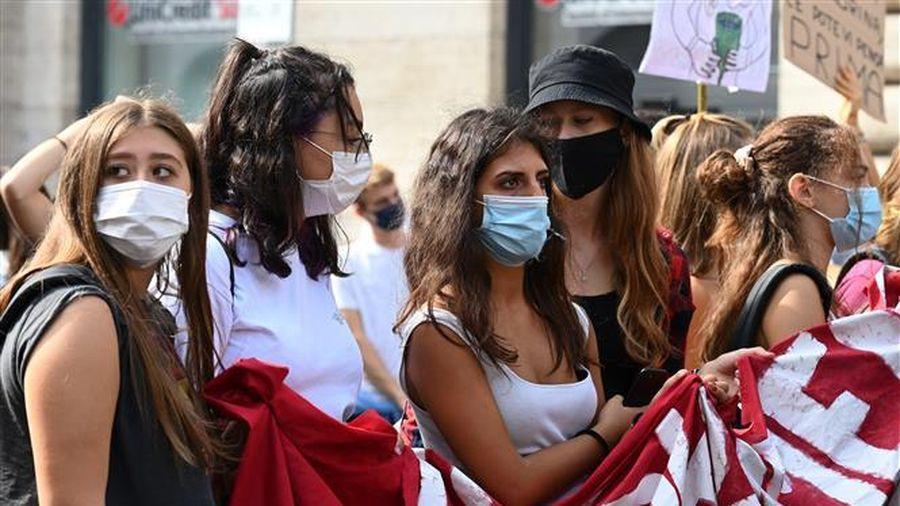 COVID-19 đến 6h sáng 28/9: Thế giới trên 1 triệu người tử vong, Ấn Độ vượt 6 triệu ca bệnh