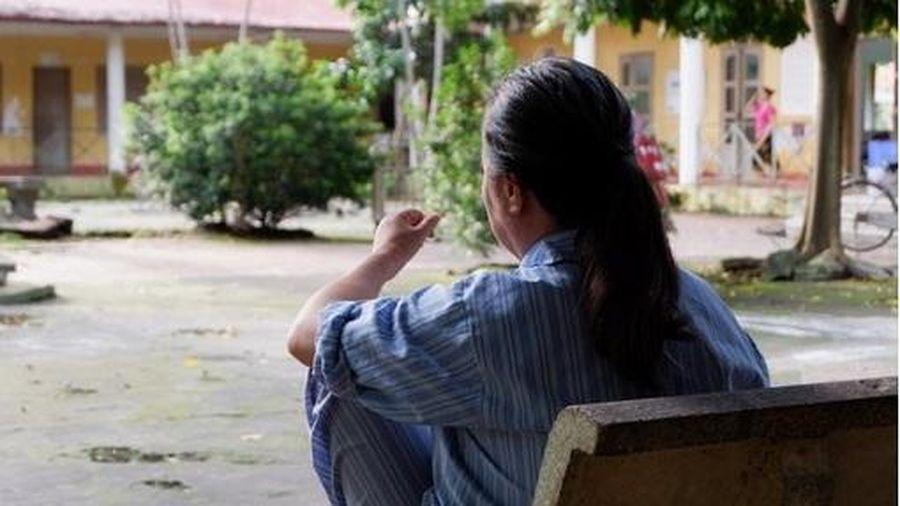 Người phụ nữ trầm cảm nặng vì 3 con đã lớn nhưng chưa chịu kết hôn