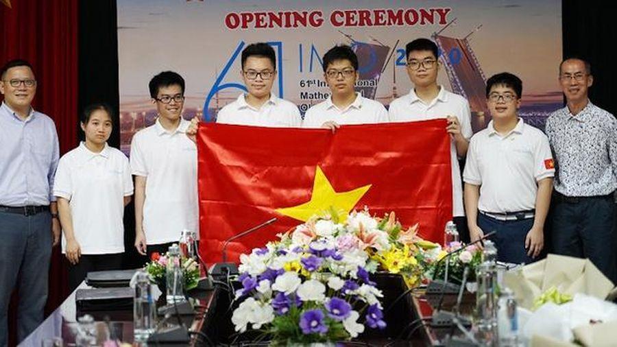Sáu học sinh Việt Nam đoạt giải Olympic toán học quốc tế