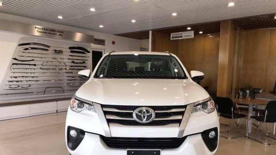 Xe Toyota Innova và Fortuner đời mới bị lỗi kỹ thuật