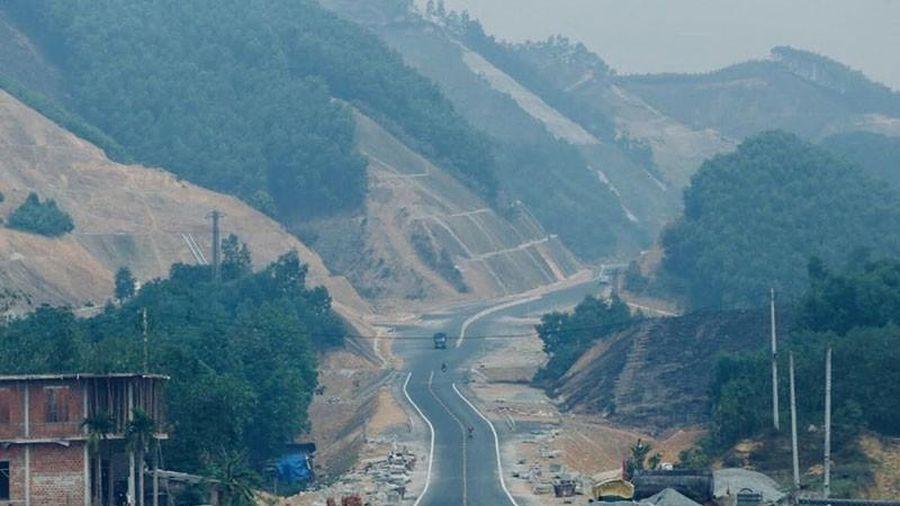 Cần hơn 24.200 tỉ đồng để nối thông đường Hồ Chí Minh