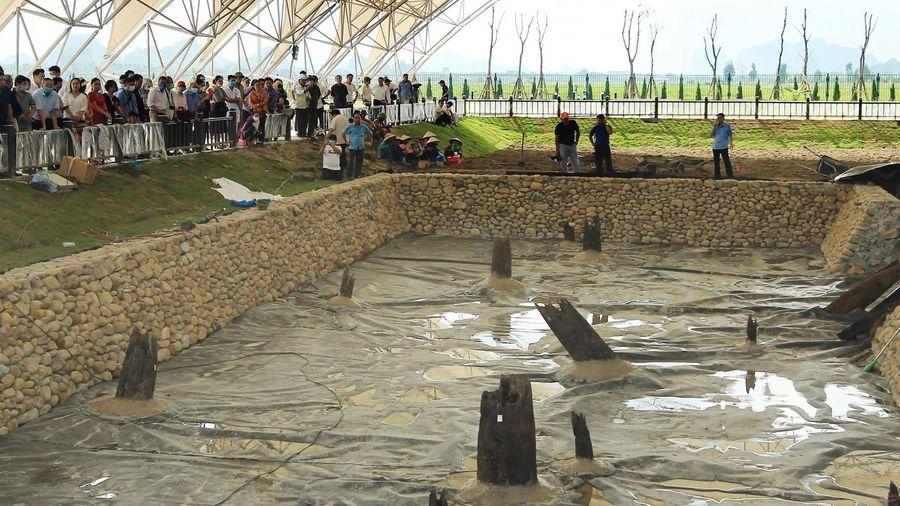 Gần 300 nhà khoa học đến bãi cọc Bạch Đằng