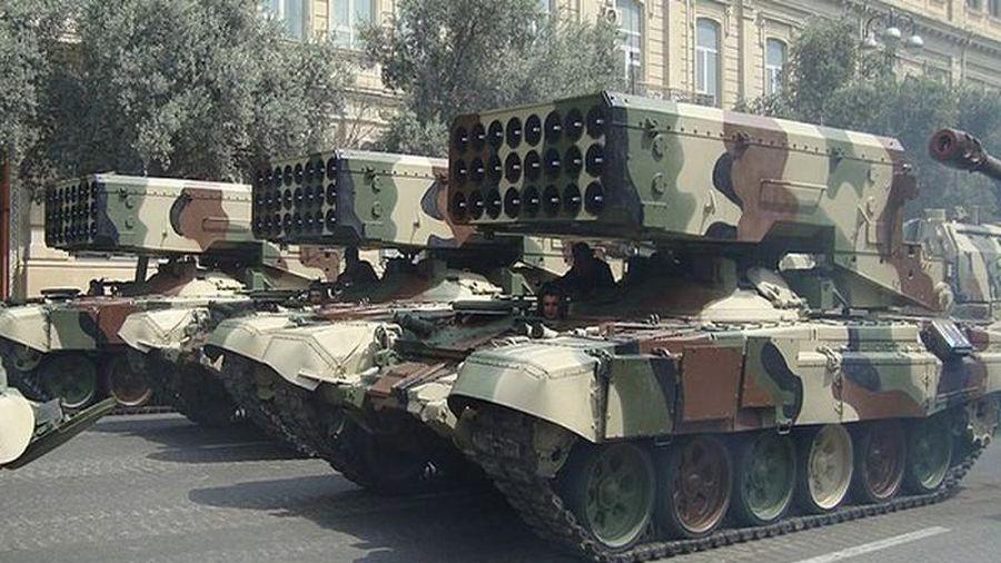 Quân đội Azerbaijan sở hữu nhiều vũ khí hàng đầu của Nga/Xô... Armenia lép vế?