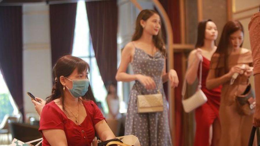 Xúc động những câu chuyện bên lề Sơ khảo Hoa hậu Việt Nam 2020