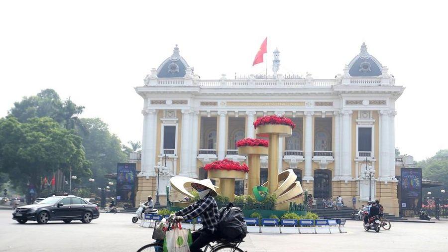 GS.TS Tạ Ngọc Tấn đặt hàng loạt câu hỏi tại sao với Hà Nội