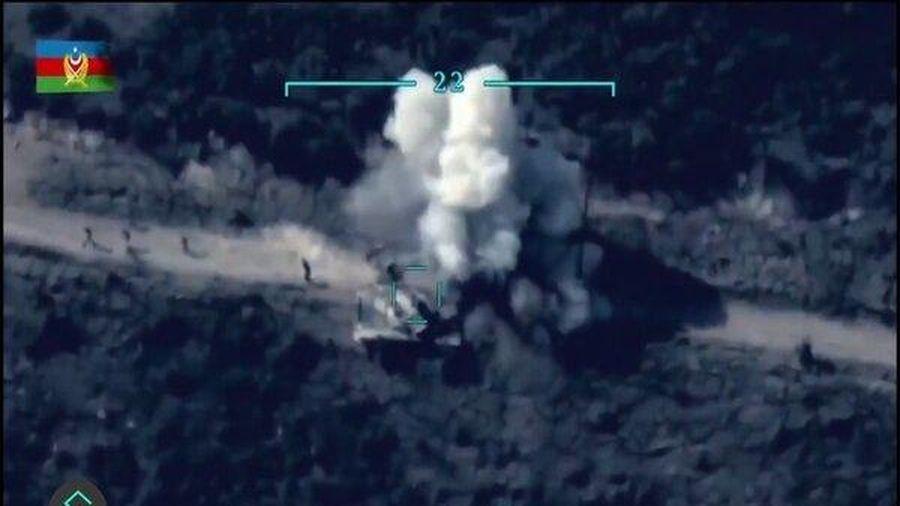 Máy bay không người lái Azerbaijan tiêu diệt tăng-thiết giáp Armenia