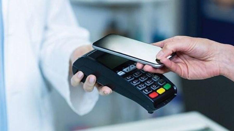 Thanh toán không dùng tiền mặt tiếp tục tăng mạnh