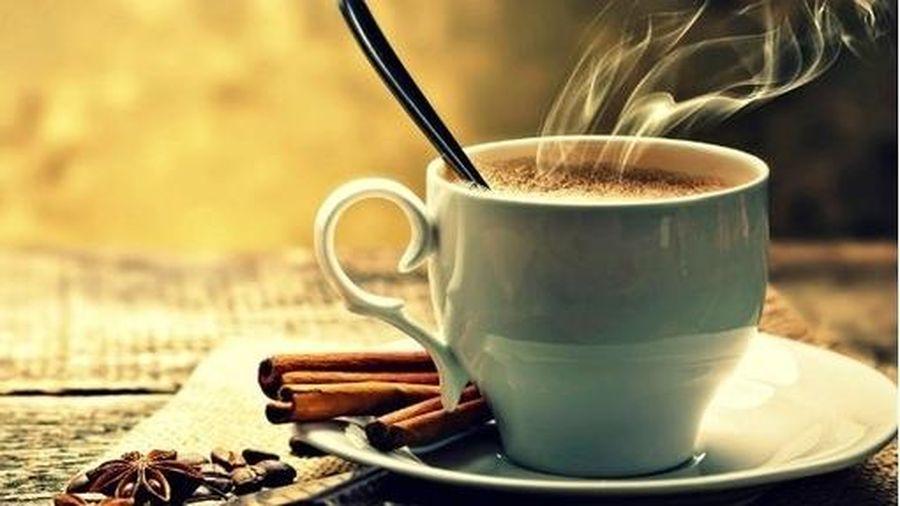 Không muốn 'rước bệnh' vào người, hãy bỏ ngay thói quen này khi uống cà phê