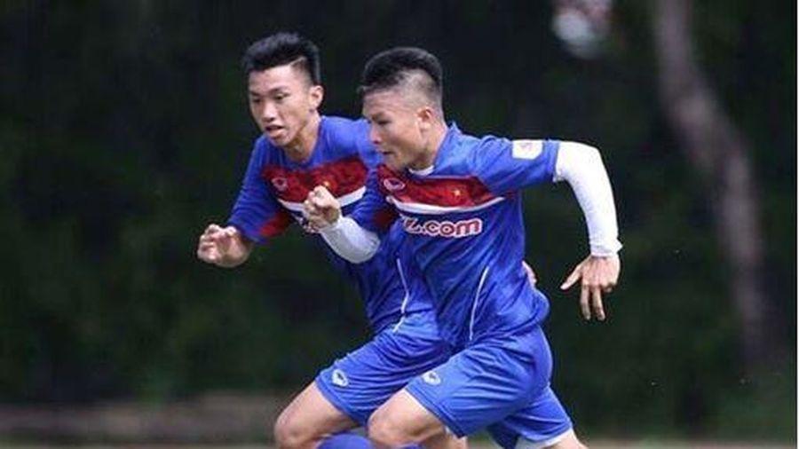 Hà Nội FC đón tin vui từ Quang Hải, Văn Hậu