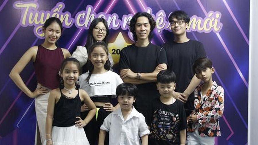 Đạo diễn Huy Lio mong học trò giữ chữ 'Đức' trong hoạt động nghệ thuật