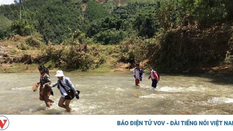 Đà Nẵng tặng 12 tỷ, Quảng Nam dùng làm lại cầu treo vừa bị lũ cuốn