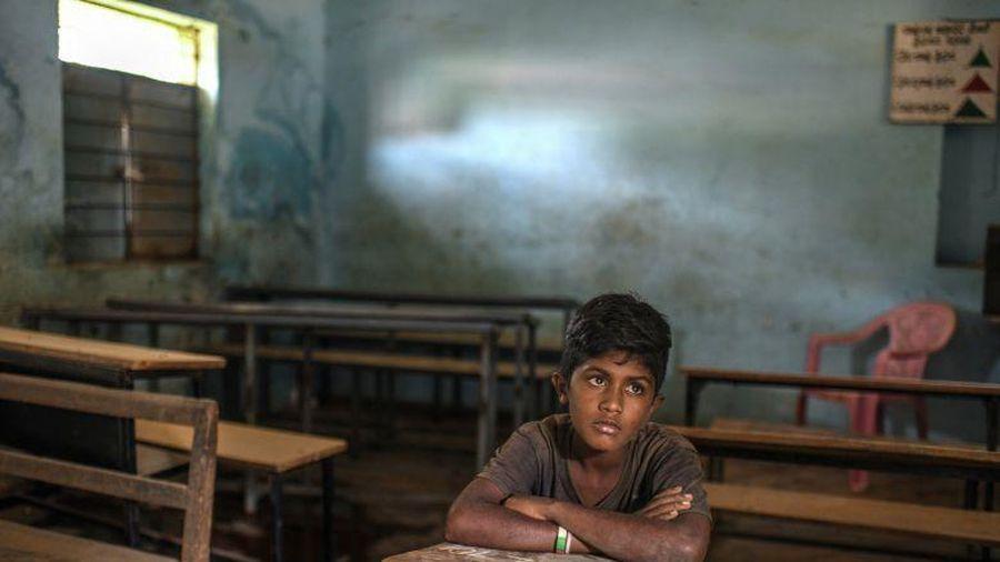Những đứa trẻ ra đường kiếm sống trong đại dịch