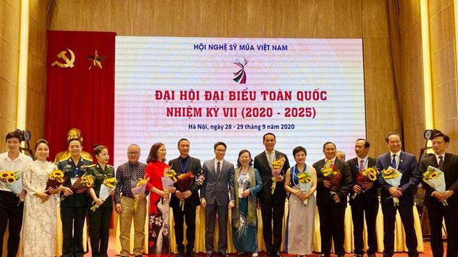Phát triển nghệ thuật múa hiện đại, bản sắc, làm giàu thêm kho tàng văn hóa Việt Nam