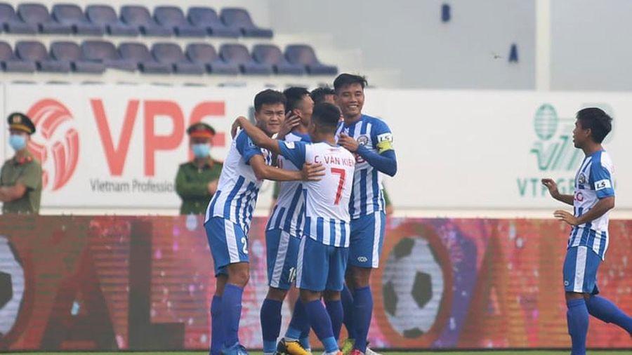 Bà Rịa Vũng Tàu vô địch lượt đi, đau cho bóng đá Huế