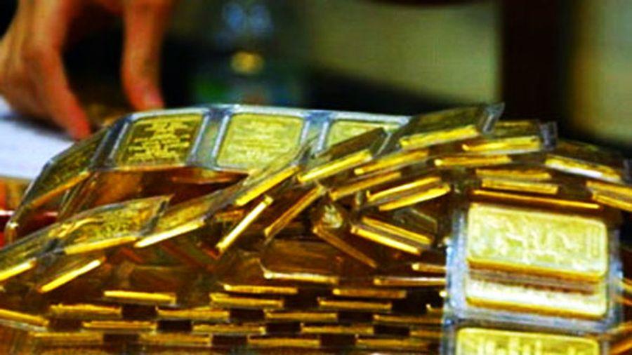 Giá vàng hôm nay 30/9: Nhu cầu gom hàng trở lại, giá vàng thế giới tiếp tục tăng mạnh