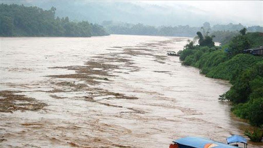 Cảnh báo lũ trên hạ lưu sông Hồng