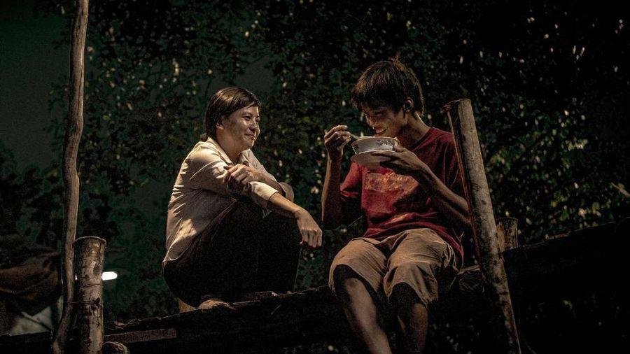Nếu biết thêm về những ẩn ý này, bạn sẽ thấy phim 'Ròm' thú vị, sâu sắc hơn nữa