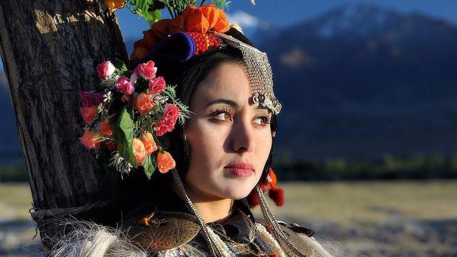 Độc nhất vô nhị: Bộ tộc có truyền thống đổi vợ cho nhau