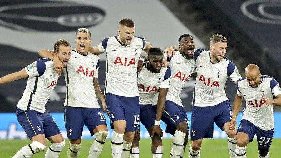Tottenham gây sốc, đánh bại Chelsea ở loạt 'đấu súng'