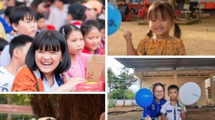 Tuổi trẻ Bình Phước mang quà trung thu đến trẻ em nghèo vùng biên giới