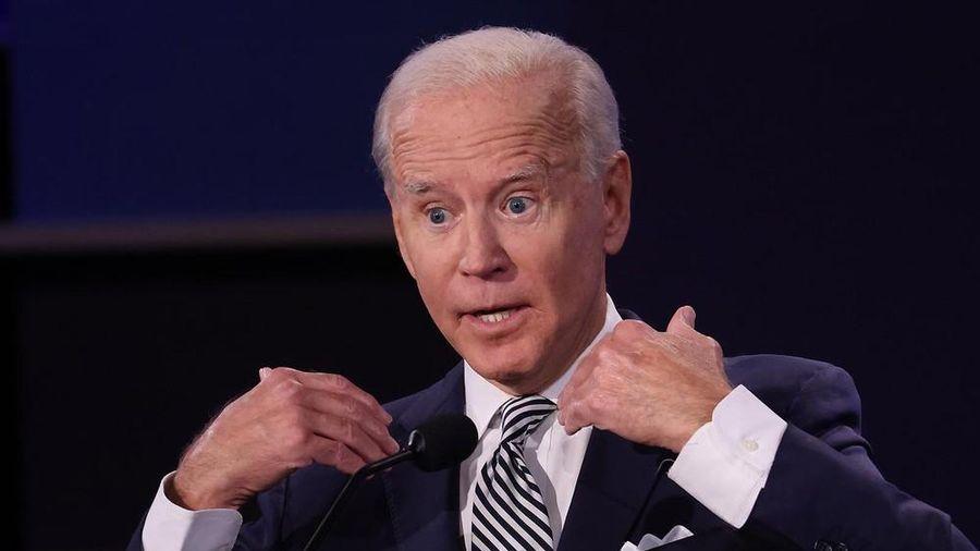 Chiến dịch của ông Biden lập kỉ lục gây quỹ trong cuộc tranh luận với ông Trump