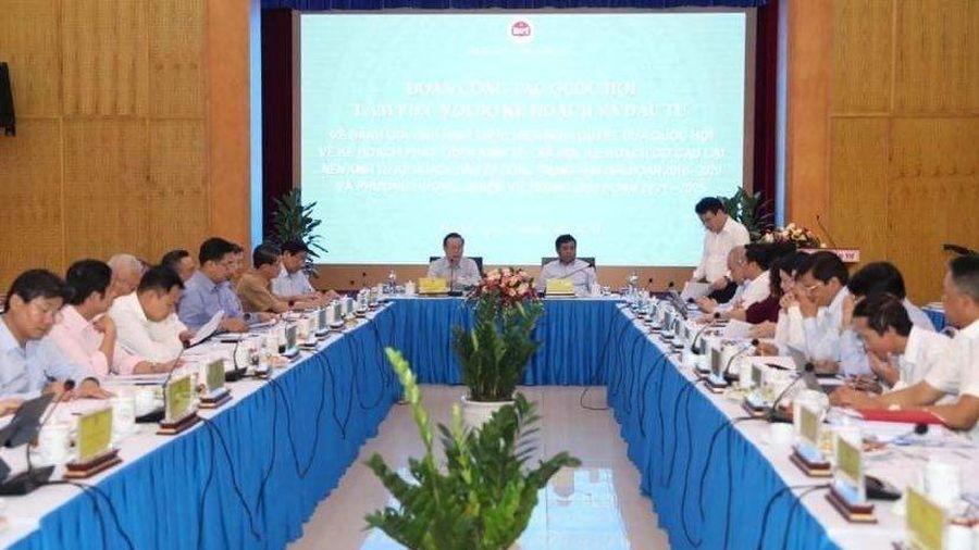 Việt Nam tiếp tục trong nhóm tăng trưởng kinh tế cao nhất thế giới