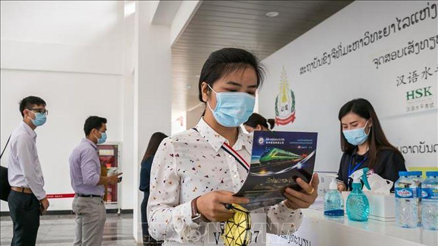 Lào kêu gọi người dân duy trì cảnh giác phòng ngừa dịch bệnh COVID-19