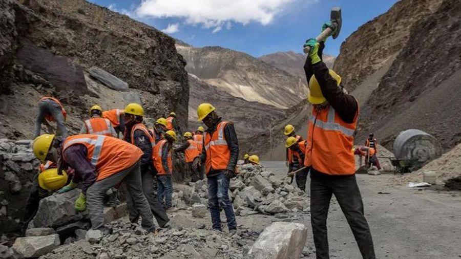 Ấn Độ tiếp tục tăng tốc xây dựng tại khu vực biên giới giáp Trung Quốc