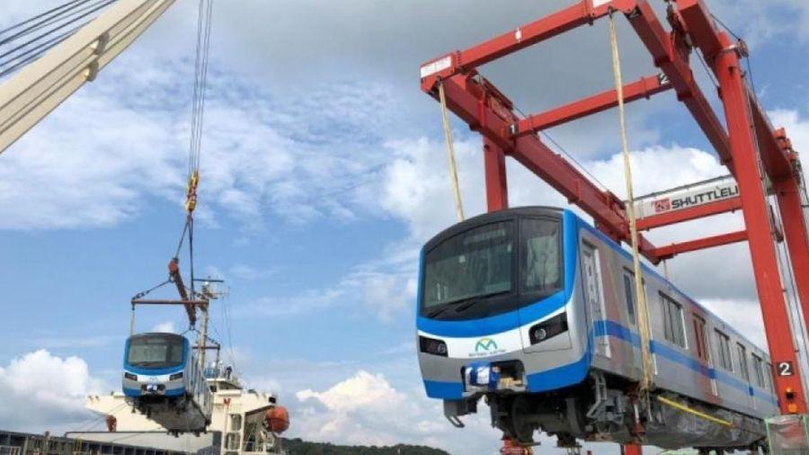 Đoàn tàu metro 1 đã rời cảng Kasado (Nhật Bản) để về TP.HCM