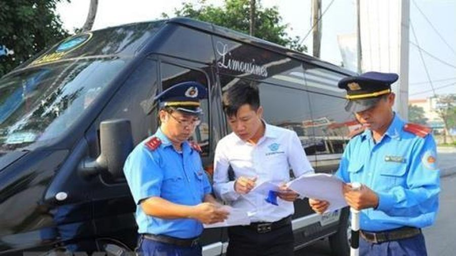 Bộ Giao thông Vận tải yêu cầu xử lý tình trạng 'xe dù, bến cóc'