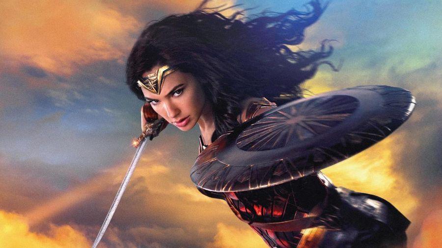 Wonder Woman từng sở hữu 1 thanh kiếm có thể cắt được nguyên tử, bạn có tin không?