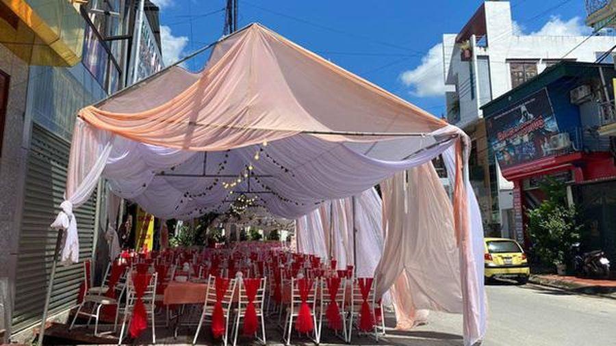 Công an vào cuộc vụ nhà hàng bị 'bùng' 150 mâm cỗ cưới