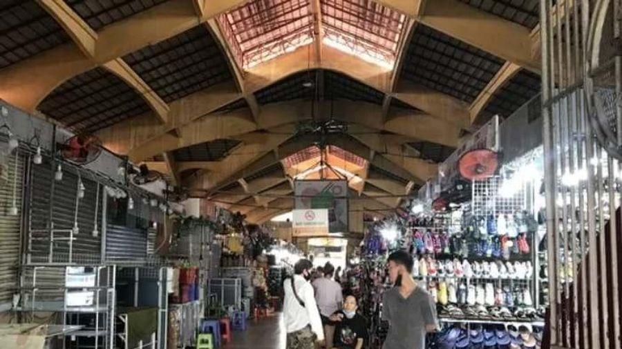 COVID-19: Hàng nghìn doanh nghiệp bán lẻ ngừng hoạt động, chờ giải thể