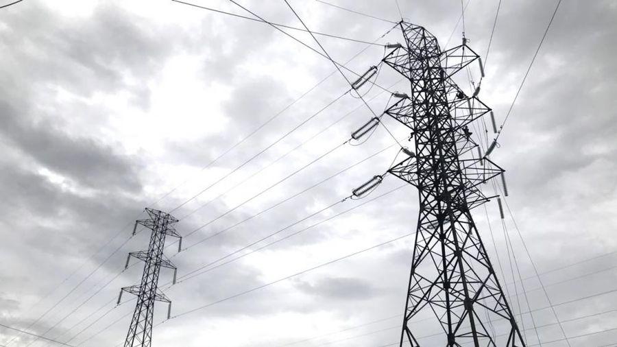 SPMB đóng điện công trình thay dây siêu nhiệt ĐZ 220kV Bến Tre – Mỹ Tho