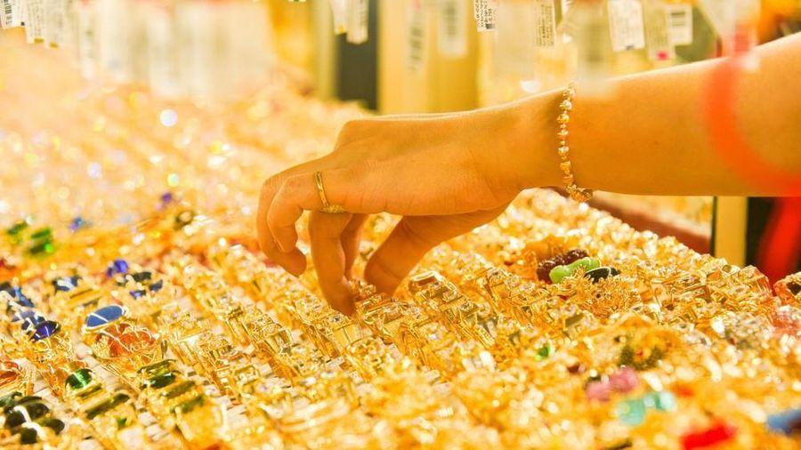 Giá vàng hôm nay 30/9: Lấy đà tăng giá trở lại