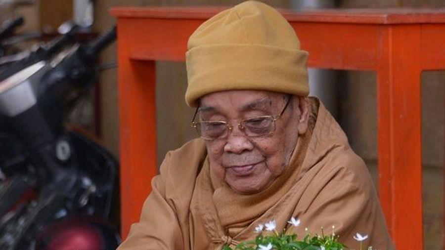 Đại lão HT.Thích Hiển Tu : 'Chỉ nghĩ tới niệm Phật mỗi ngày'