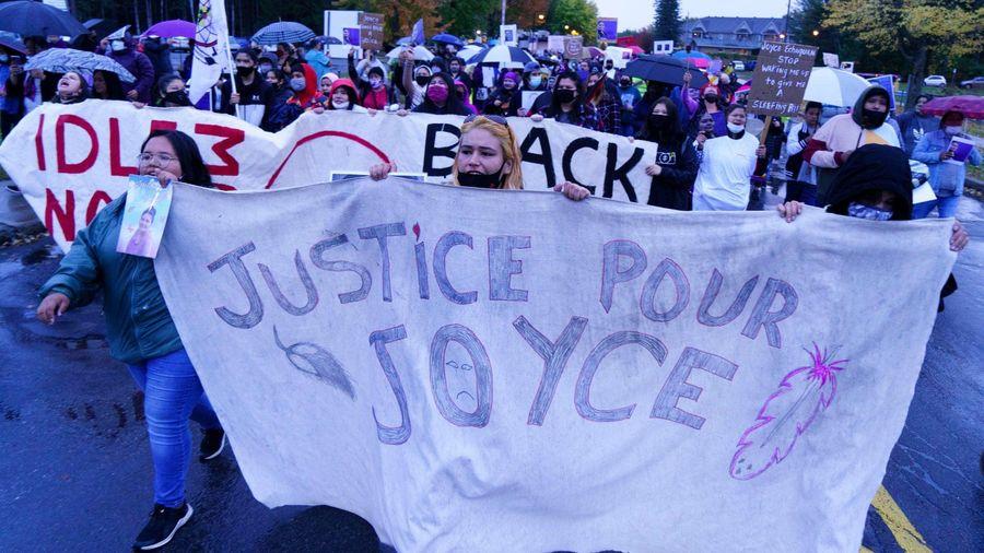 Người phụ nữ bản địa bị chế nhạo khi đang hấp hối ở Canada