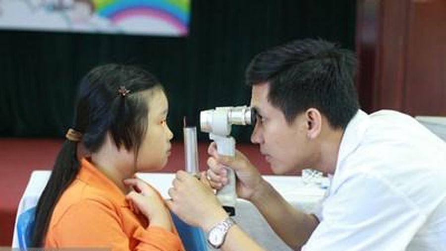 Bảo đảm quyền lợi cho học sinh, sinh viên tham gia bảo hiểm y tế