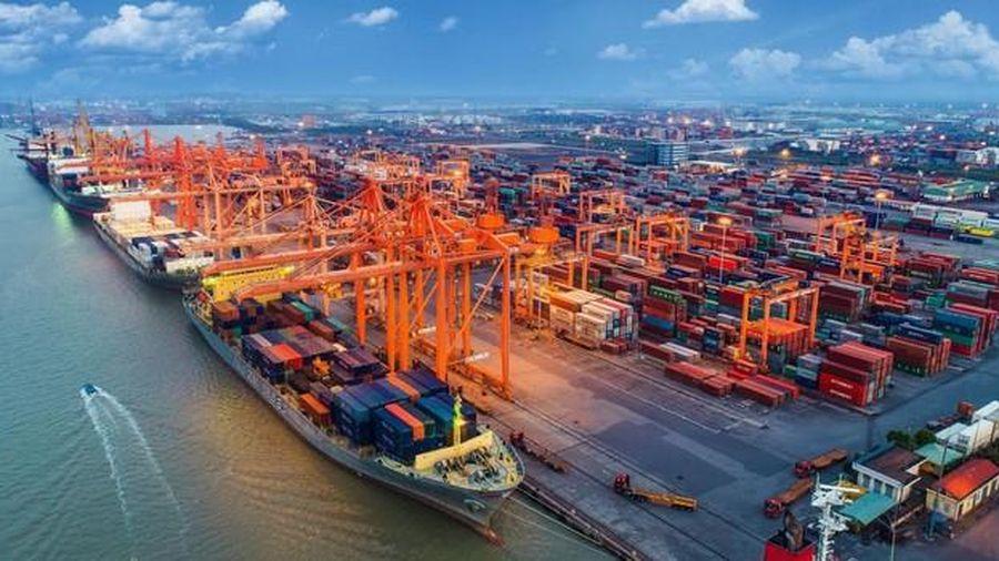 Thu ngân sách từ hoạt động xuất nhập khẩu 9 tháng giảm hơn 13%