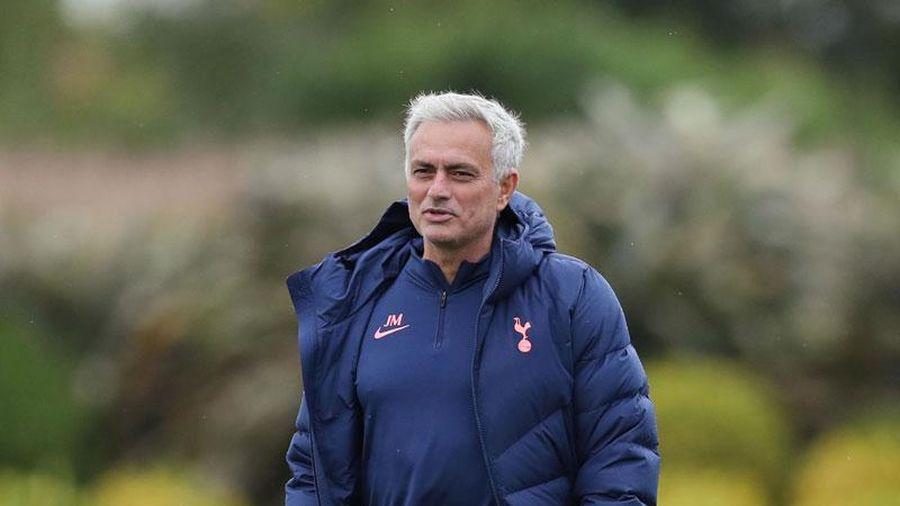 Mourinho tuyên bố dõng dạc về Bale, CĐV Tottenham vui như 'trẩy hội'