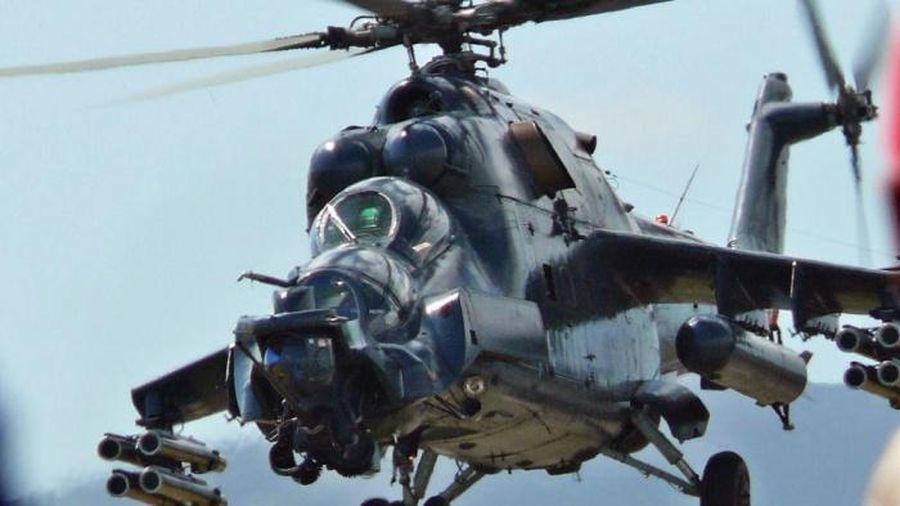 Armenia tuyên bố: 3 trực thăng Azerbaijan bị bắn hạ, một chiếc rơi ở Iran