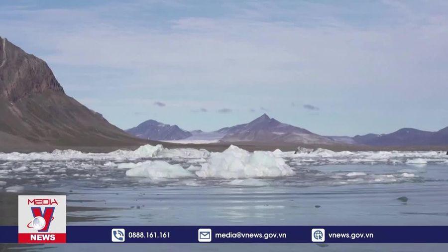 Băng tan kỷ lục tại Greenland