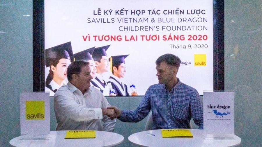 Savills Việt Nam hỗ trợ sinh viên khó khăn học bổng 'Tương lai tươi sáng'