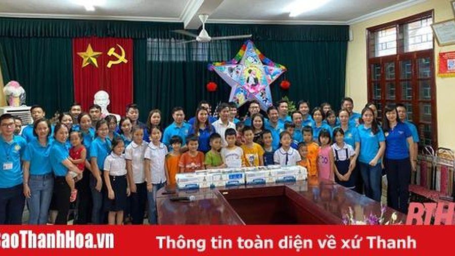 135 thiếu nhi Làng trẻ em SOS Thanh Hóa được tặng quà nhân dịp Tết Trung thu 2020