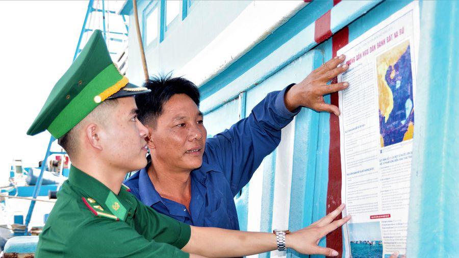 Giúp ngư dân vững dạ vươn khơi