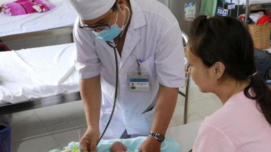Hạ thân nhiệt chủ động, cứu trẻ sơ sinh thiếu máu não