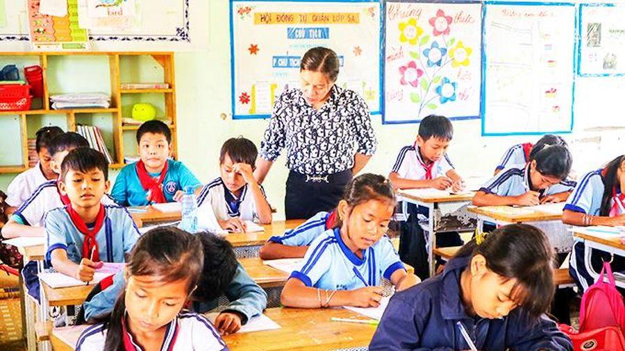 Quan tâm tăng cường tiếng Việt cho học sinh vùng dân tộc thiểu số