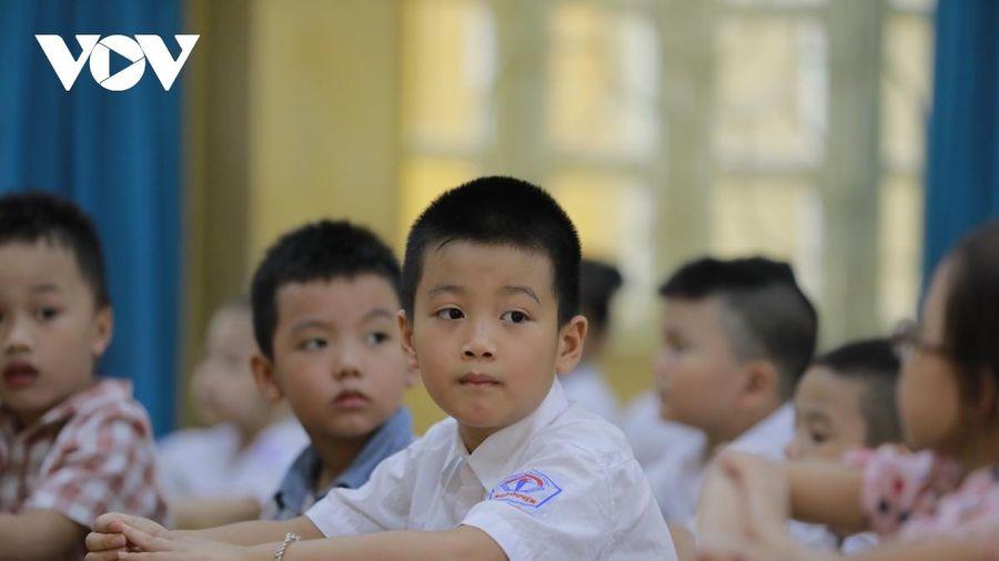 Bộ GD-ĐT nói gì về những khoản thu đầu năm tiền triệu từ Ban Cha mẹ học sinh?