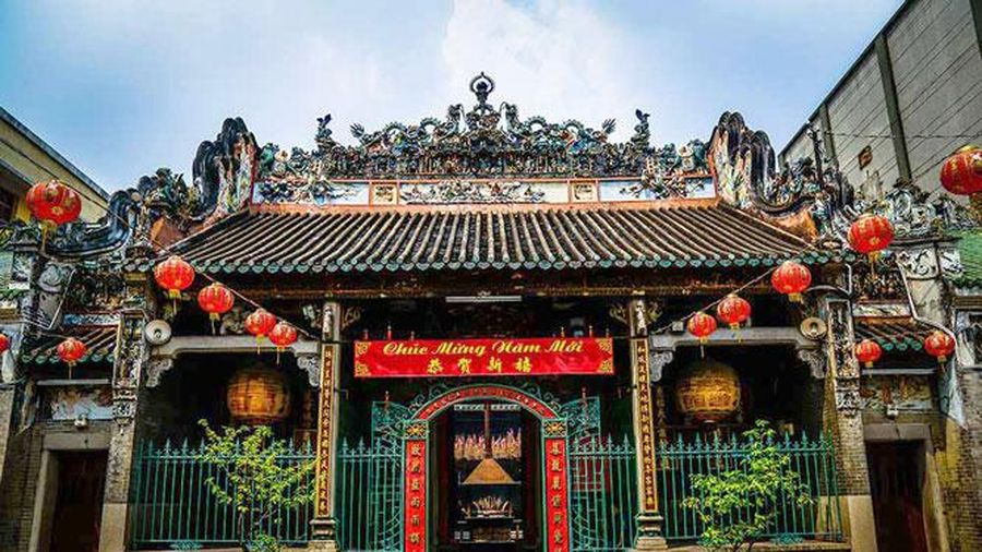 Uy nghiêm chùa Bà Thiên Hậu